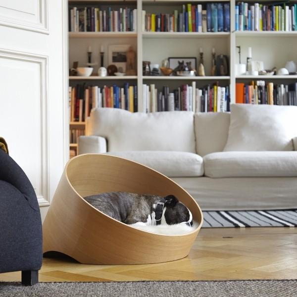 Luxurious dog bed, dog den