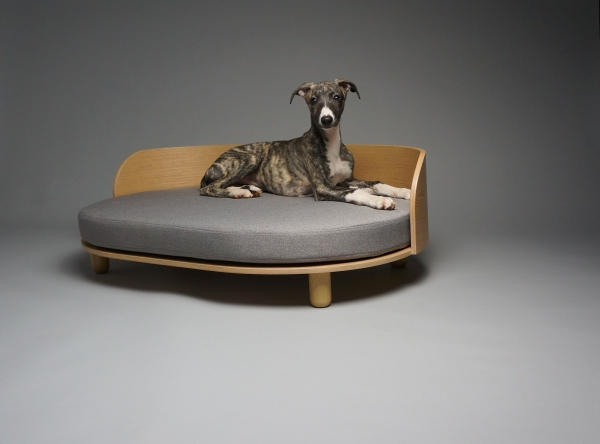 Durable designer luxurious dog sofa couch wooden frame