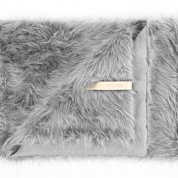 Designer fake fur warm dog blanket 3