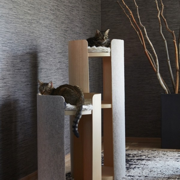 large cat scratching tower Make them Roar contemporary cat furniture 6