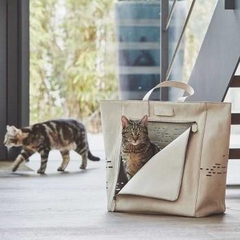 Luxurious tan coloured suede cat carrier Tosca | Make them Roar 3