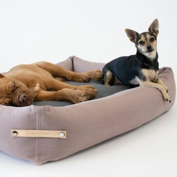 Elegant dog bed Stokke