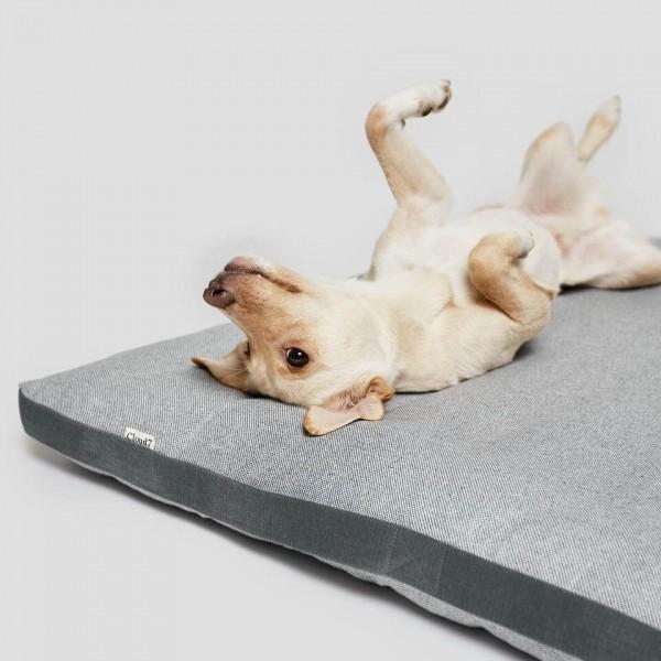 Classic tweed dog bed 6