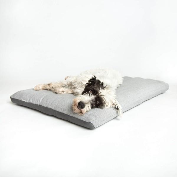 Classic tweed dog bed 3