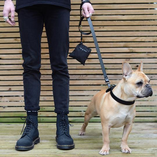 All-black leather dog lead NOTTE