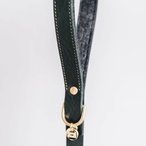 Short black leather lead HITCH