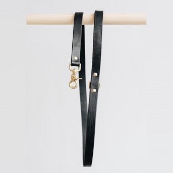 Black short luxurious leather lead