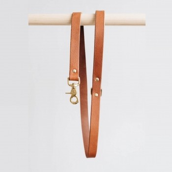 Tan short luxurious leather lead