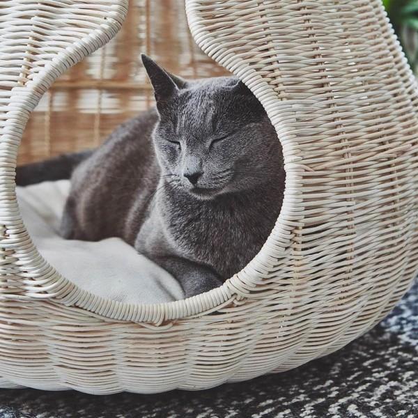 MiaCara PERLA luxurious rattan cat cave