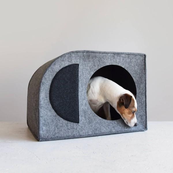 Modernist Bauhaus dog house