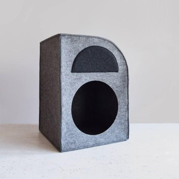 Modernist Bauhaus dog house 1