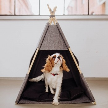 Grey felt teepee for dogs or cats 1