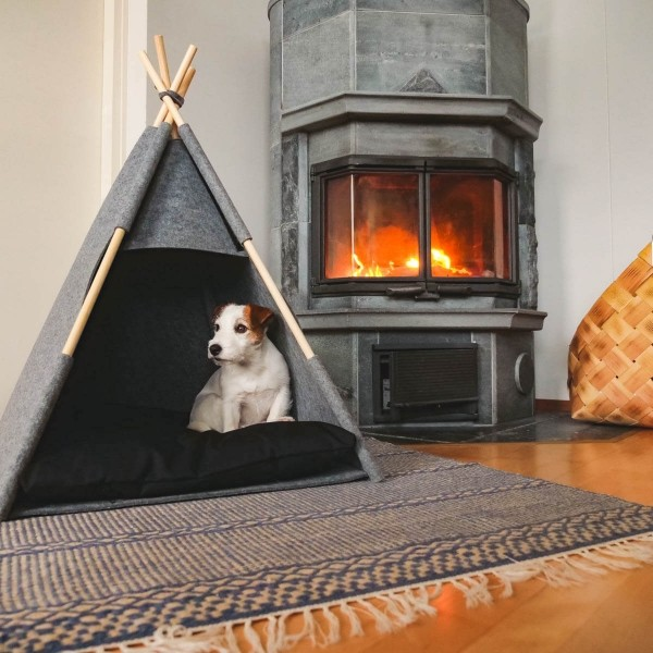 Grey felt teepee for dogs or cats 2